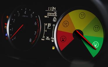 tachometer so spokojnosťou zákazníka
